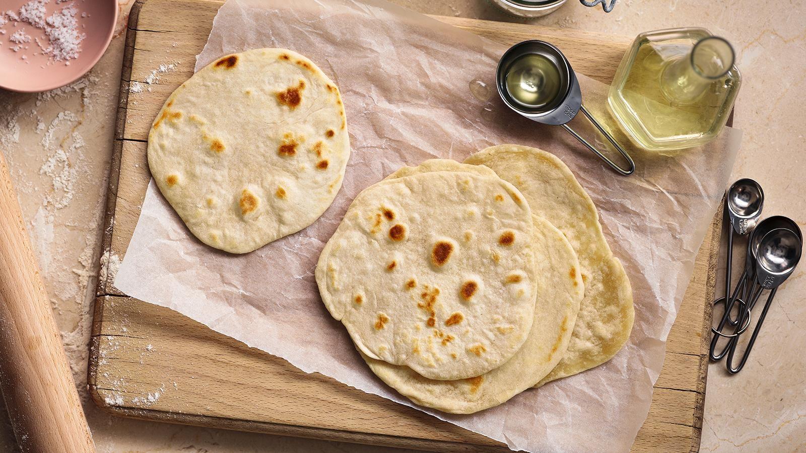 Easy Tortilla Wraps Recipe Recipe Food Wrap Recipes Tortilla Wraps