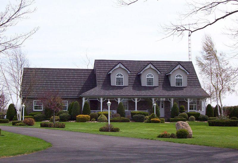 Best 25 Metal Roof Ideas On Houses