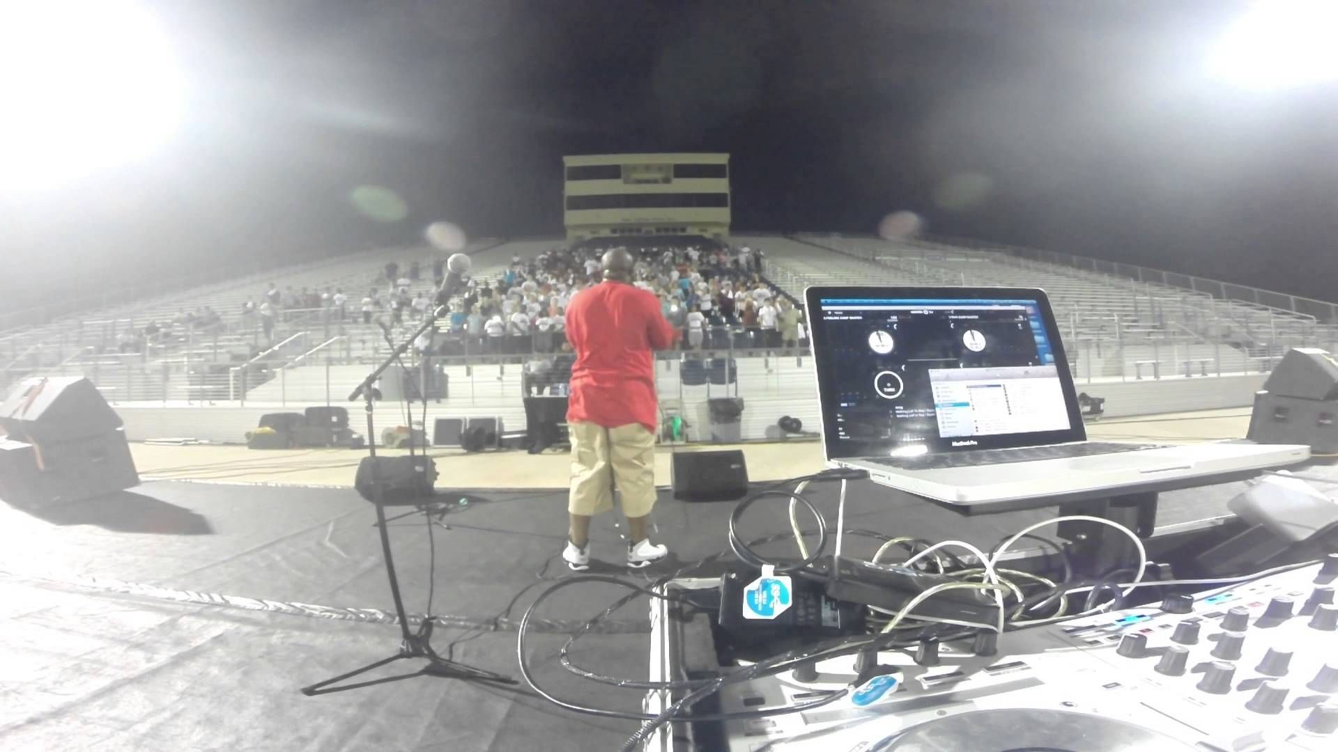DJ Freddy B live with Vaughaligan Walwyn and PAA ENT live at Dickson Hig...