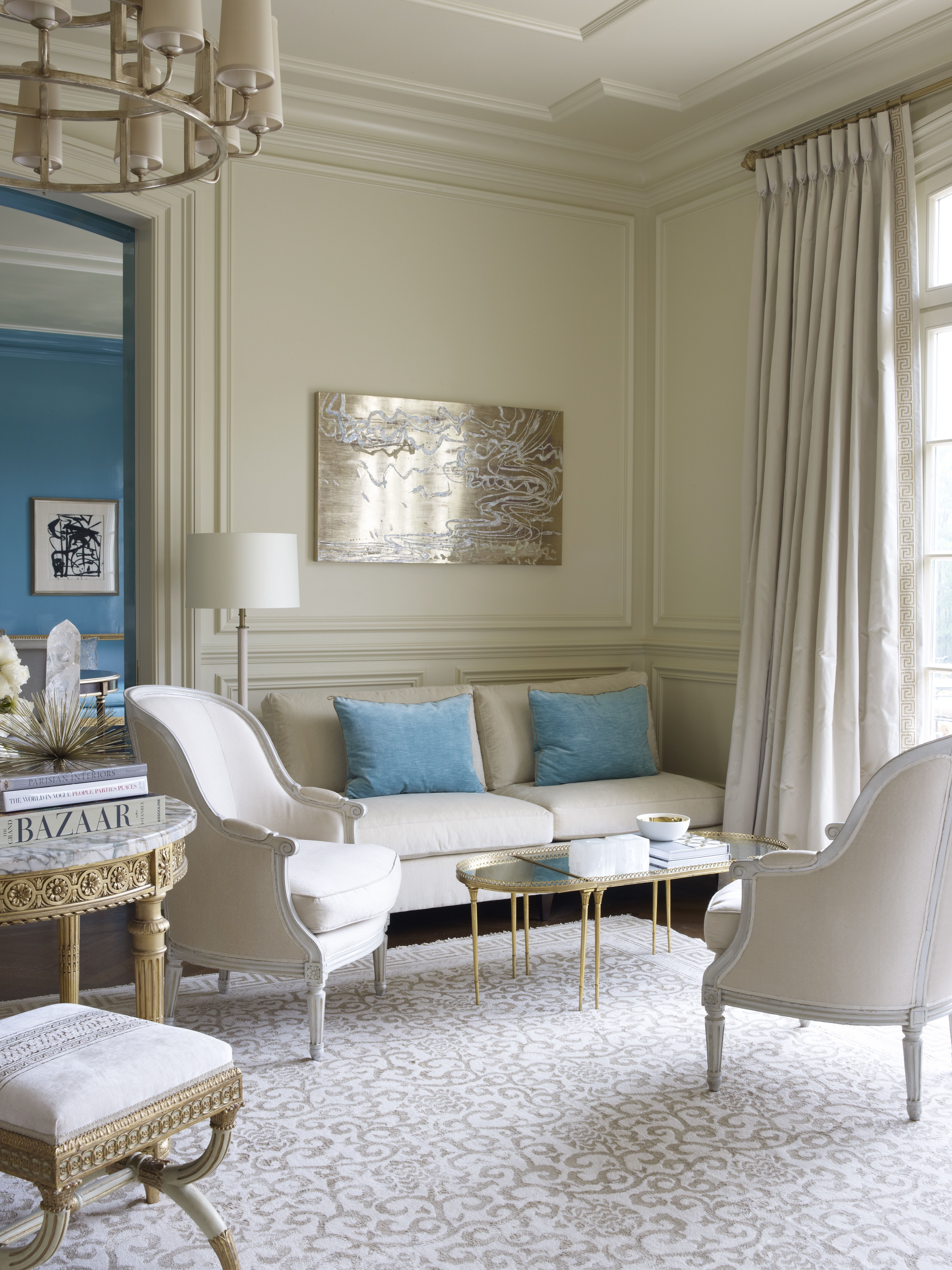 Best Chic Neutral Living Room With Pops Of Blue Living Room 400 x 300