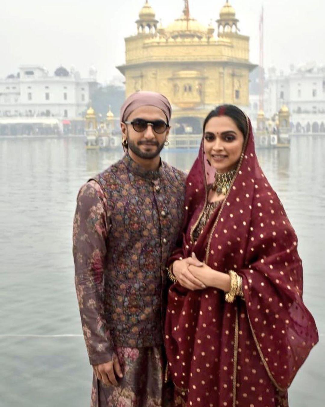 Deepika Padukone Ranveer Singh At The Golden Temple Amritsar Today Deepika Ranveer Ranveer Singh Deepika Padukone