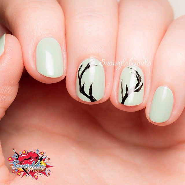 Lovely antler pattern by @snowglobenails | Makeup | Pinterest ...