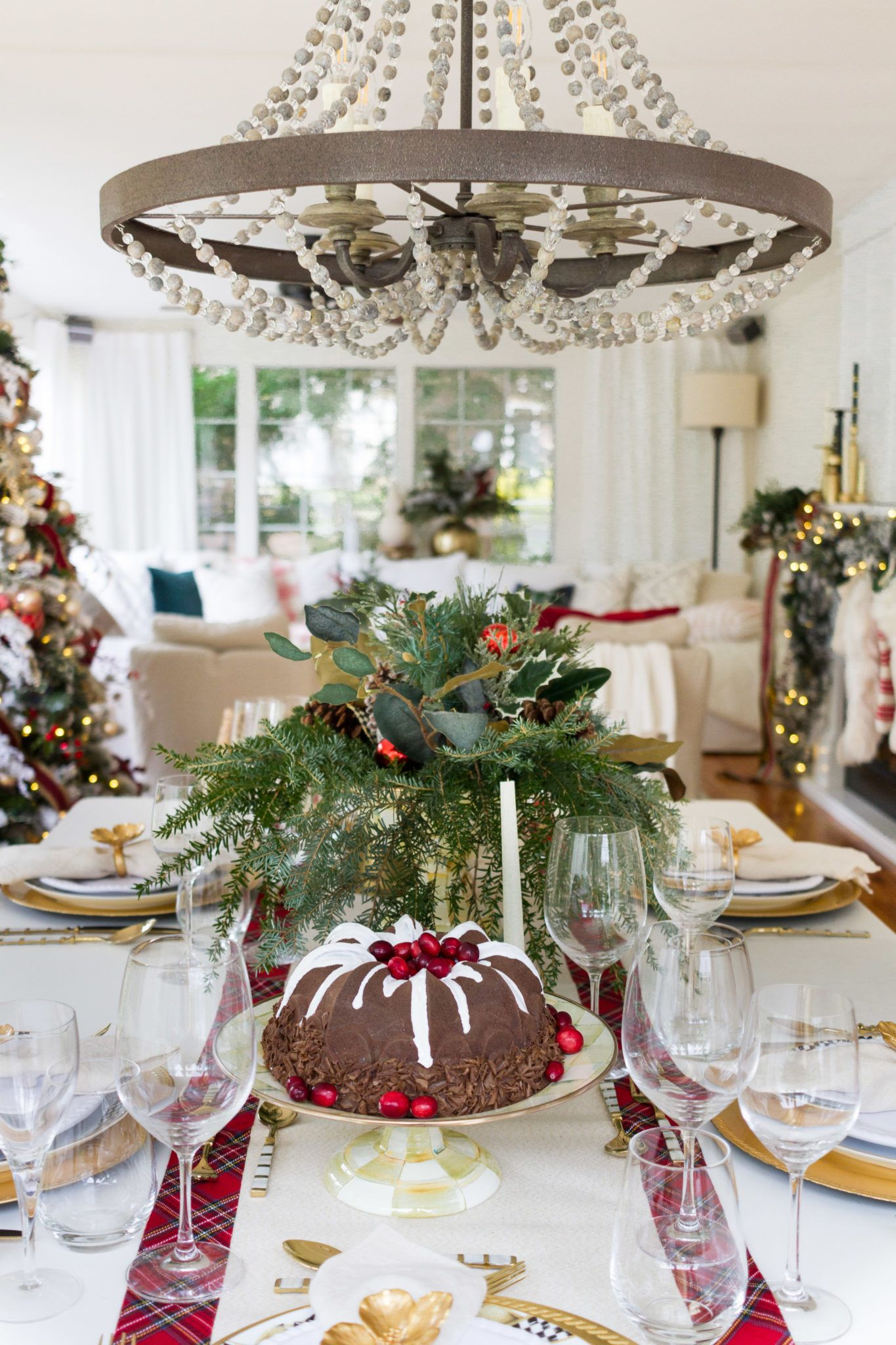 Home For Christmas Tips For Seasonal Decorating Christmas Home Christmas Table Decorations Christmas Centerpieces