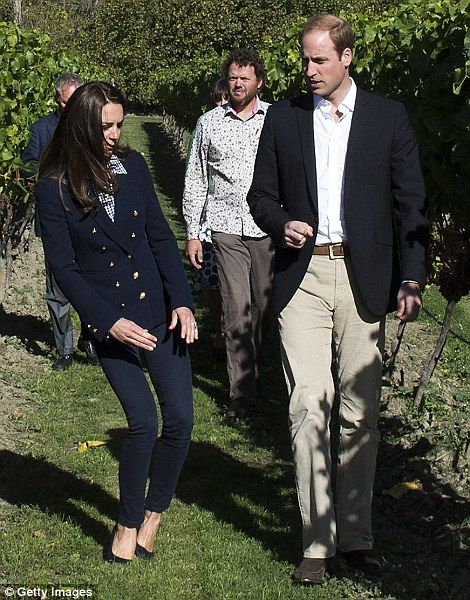 6f582ab7a936 Let down  Kate s favourite shoes have seen her through countless public  occasions but didn t fare so well at a New Zealand winery