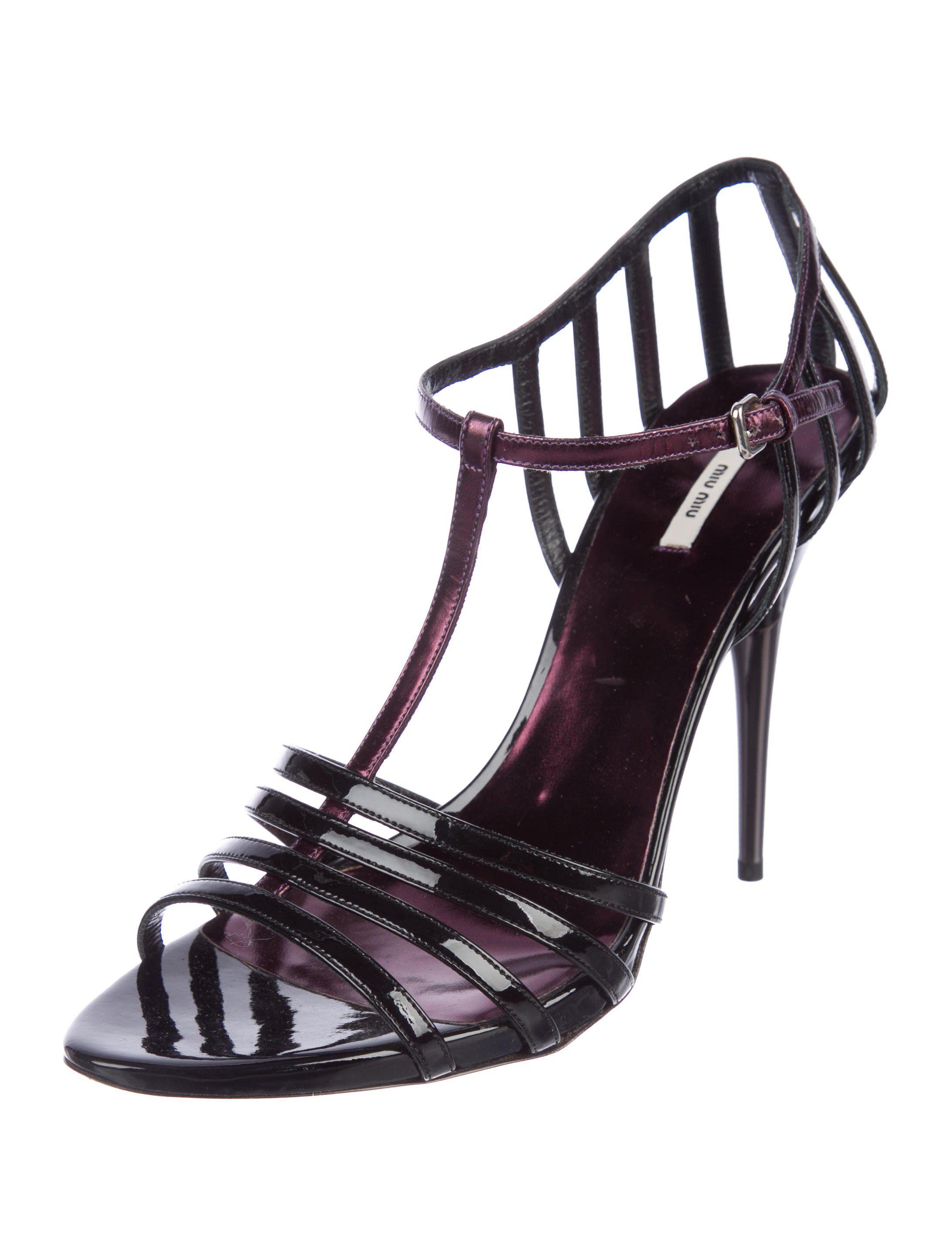 55bec71cc5ac Black and plum patent leather Miu Miu T-strap sandals with tonal stitching