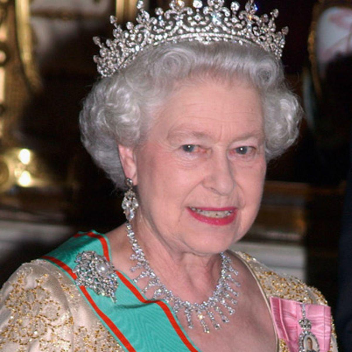 follows the reign of England's Queen