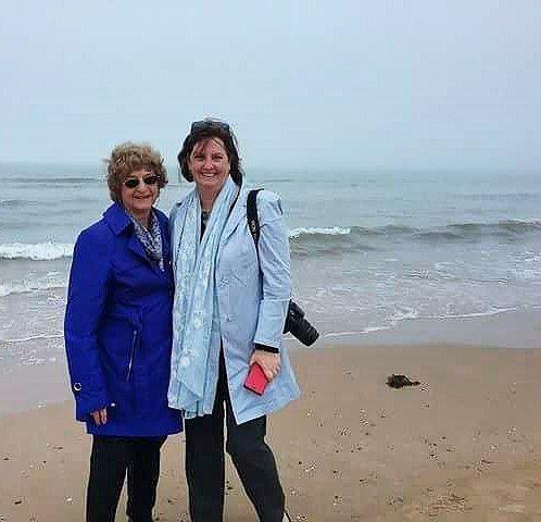 Walking on #omahabeach with my mother. #normandy #normandie #france #igersnormandie #igersfrance #ig_france #worldwar2 #deuxiemeguerremondiale #vantagerivercruise