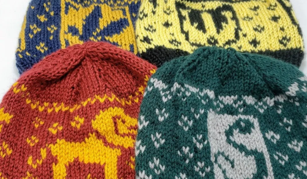 Harry Potter Knitting Patterns (With images)   Knitting ...
