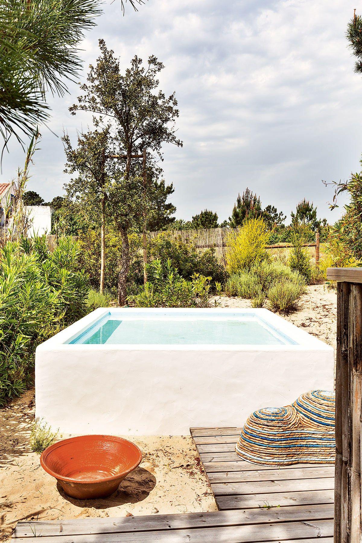 Une cabane de p cheur au portugal pools cabane de pecheur mini piscine et mini piscine hors sol - Maison de pecheur portugal ...