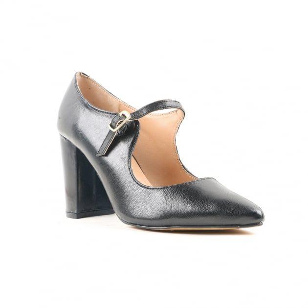 Camila CL6556 Black Shoes