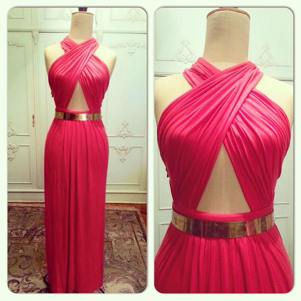 Gotta learn how to make this dress.