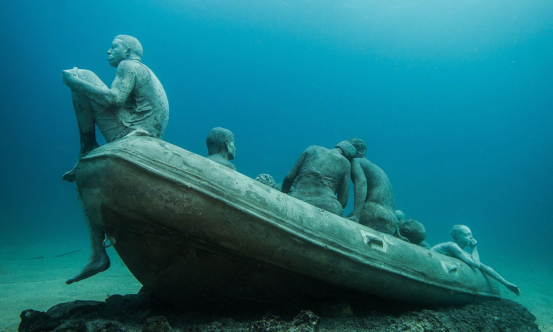 jason decaires taylor, installation for underwater museum, lanzarote