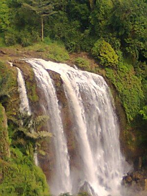 Curug Sewu Salah Satu Destinasi Wisata Jawa Tengah Yang