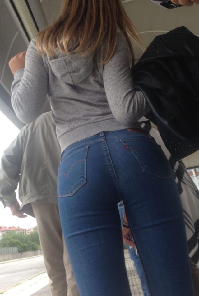 Sexy ass in tight jeans photo 99