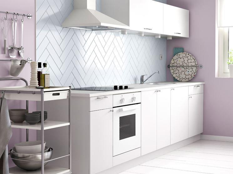 Una cucina in bianco di Ikea   vasi e accessori   Pinterest