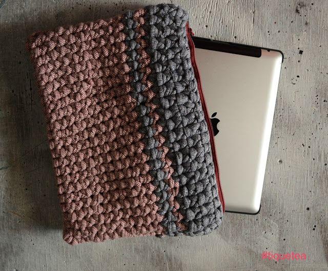 Bolso bicolor de trapillo perfecto para el Ipad  http://customizandomivida.blogspot.com.es/2015/06/bolso-de-trapillo-para-el-ipad.html