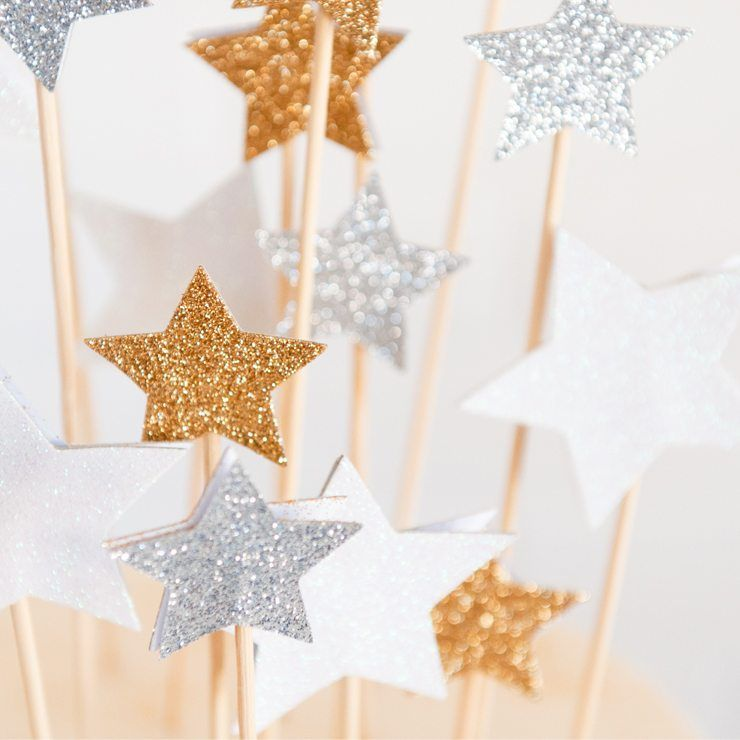 DIY Star Cake Toppers Star cakes Themed birthday parties and