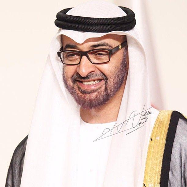 بوخالد تصوير اليوم وضحكه دايمه يارب Khalidaldarae Webstagram Sheikh Mohammed Mohammed Portrait