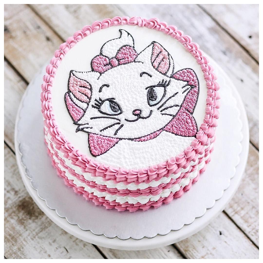 девушки картинки котята на торт следующее