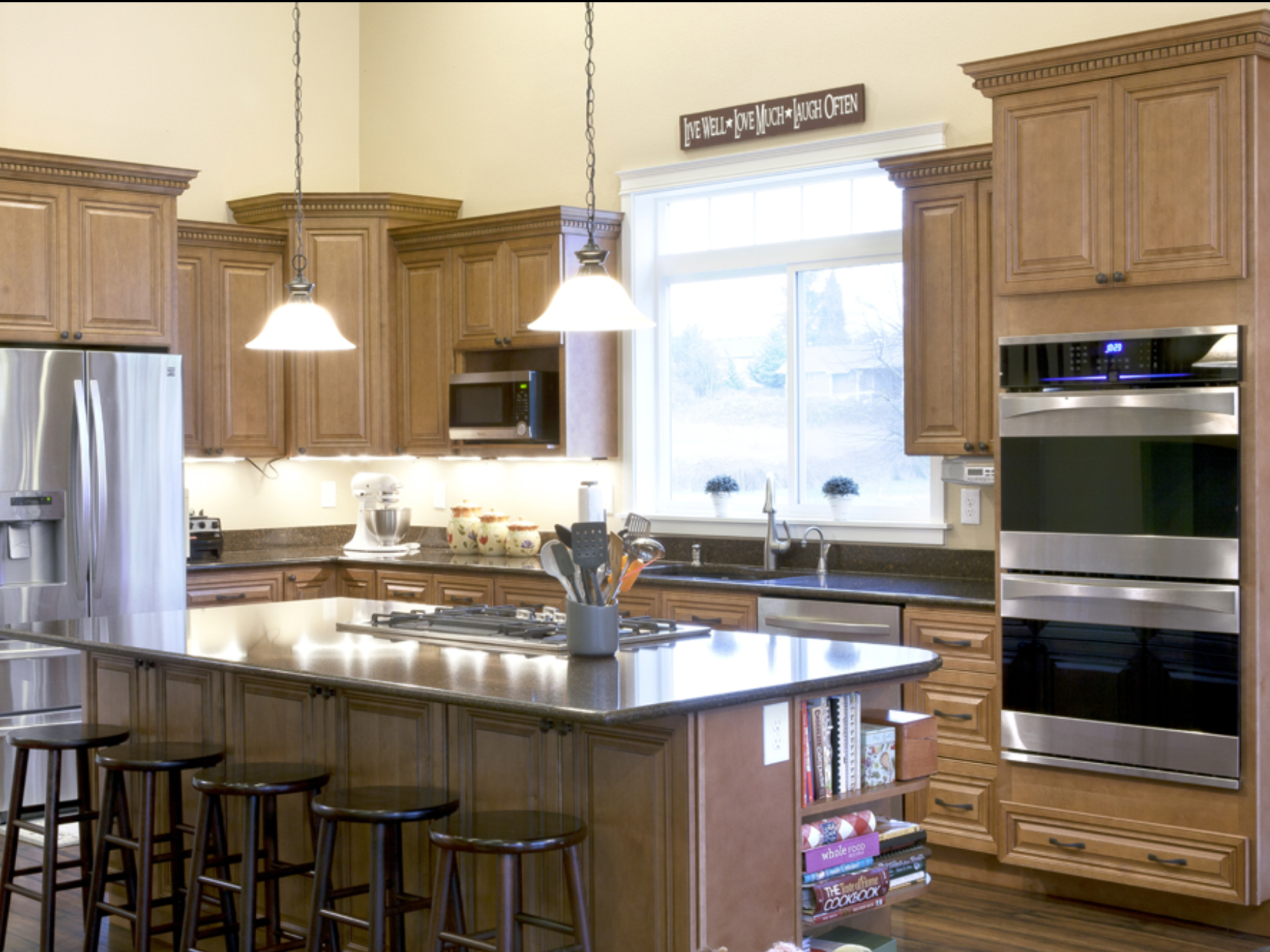 Pin by abc kitchens on Cinnamon Maple Cabinets | Kitchen ...