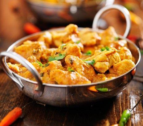 Curry Z Kurczaka Przepisy Ostre Aromatyczne Przyprawy Kuchni Indyjskiej Sprawiaja Ze Nawe Best Indian Chicken Recipe Indian Chicken Recipes Chicken Recipes
