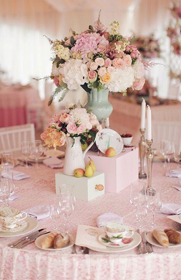 Centros de mesa altos para bodas Pinterest Centros de mesa altos
