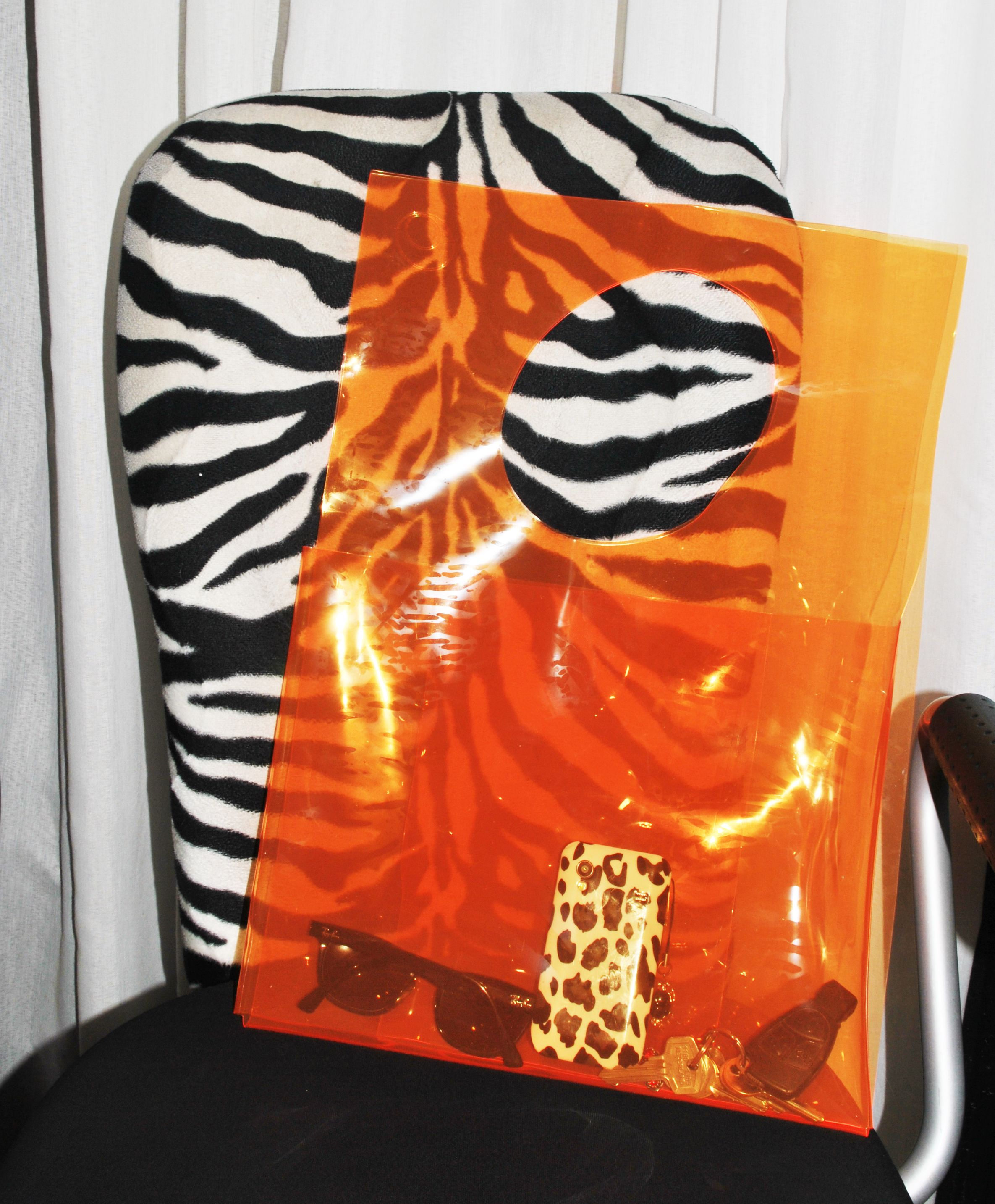 Furoshiki shoulderbag by Samira Boon
