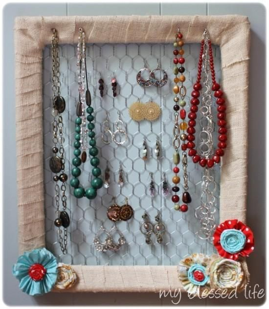 DIY Tutorial Jewelry Holders DIY jewelry holder tutorial Diy