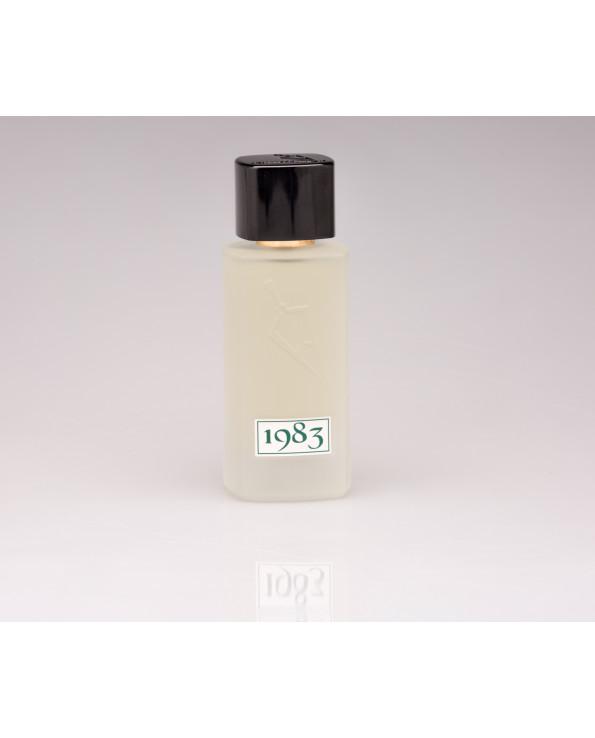 عطر 1983 الاخضر للشعر عطور فيصل الدايل Fragrances Perfume Women Perfume Book Perfume