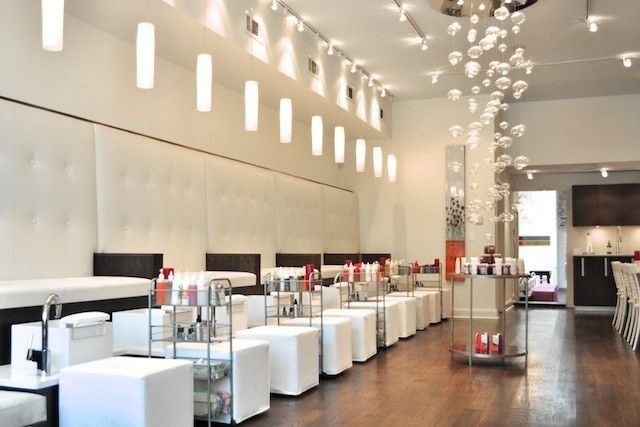 Definitely Does Not Look Like Typical Intown Nail Salon Simple Nail Design Ideas 6955957071 Nail Salon Decor Modern Nail Salon Nail Salon Interior