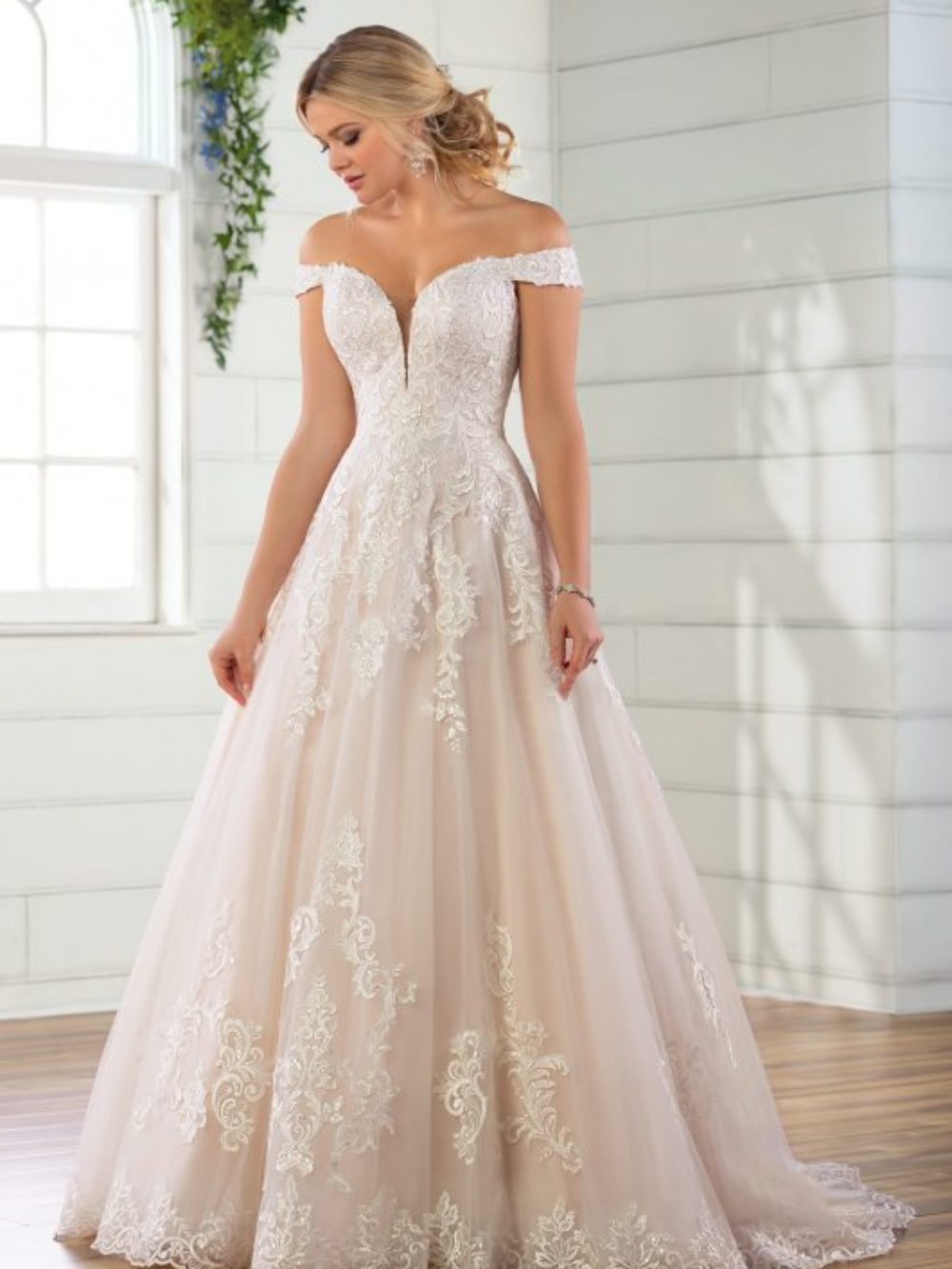 Wedding Dresses And Bridal Gowns In Boston Ma Wedding Dresses Fit Flare Wedding Dress Designer Wedding Dresses