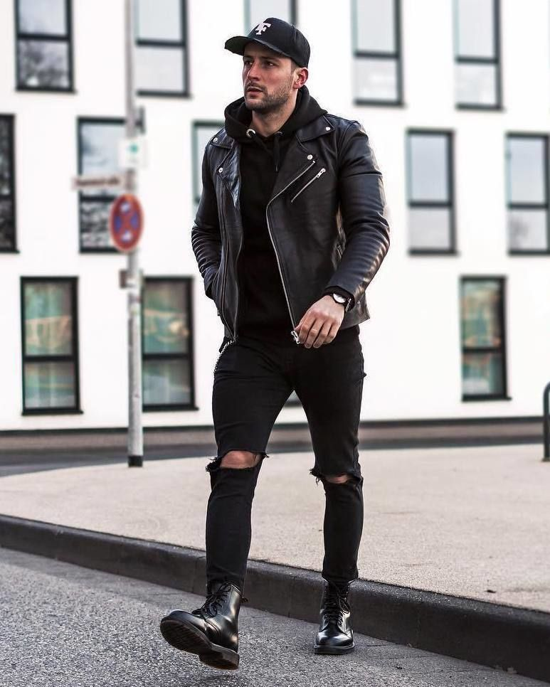 2 431 Likes 22 Comments Best Of Street Style Bestofstreetstyled On Instagram By Raretrio Street Style Outfits Men Dr Martens Outfit Mens Street Style