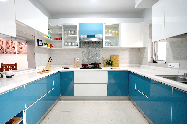 U Shaped Modern Kitchen by HomeLane   Blue kitchen designs, Modern ...