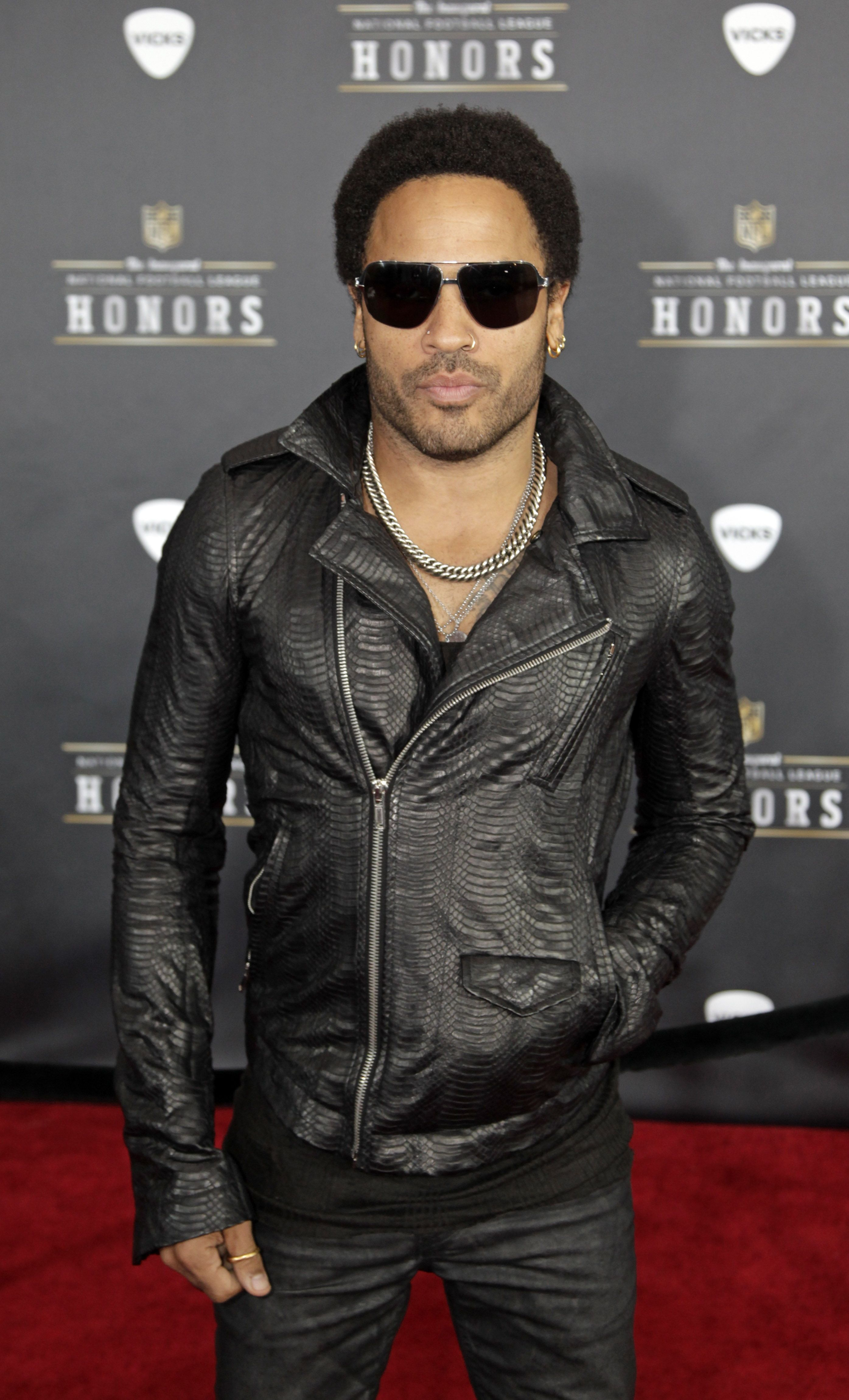 Lenny kravitz pants tear bing images - Lenny Kravitz