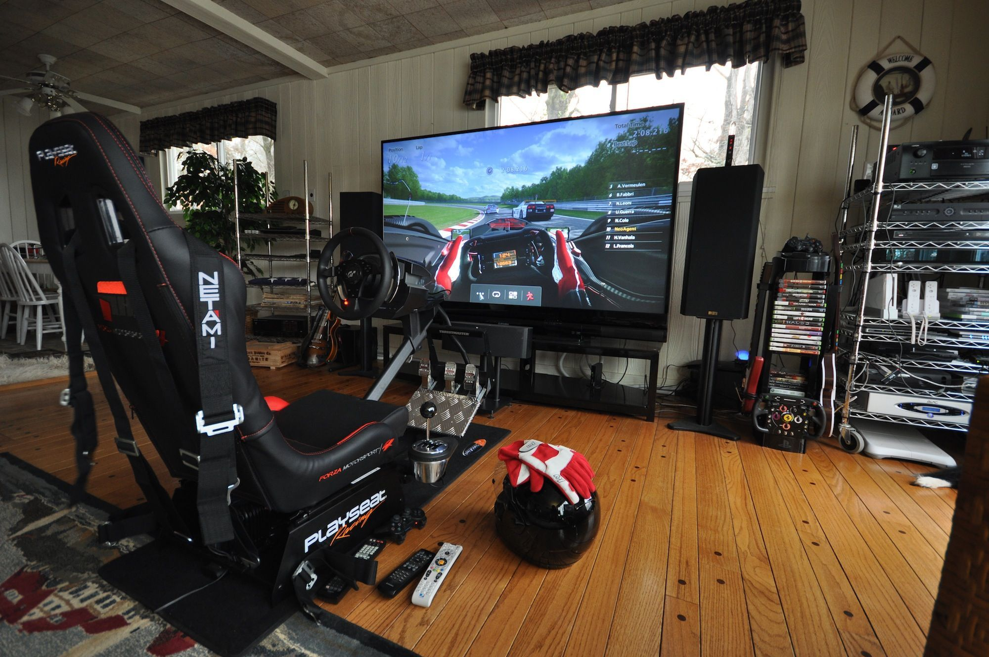 F1 Gaming Chair Pretty Cool But Not Sure Why There Are Seatbelts