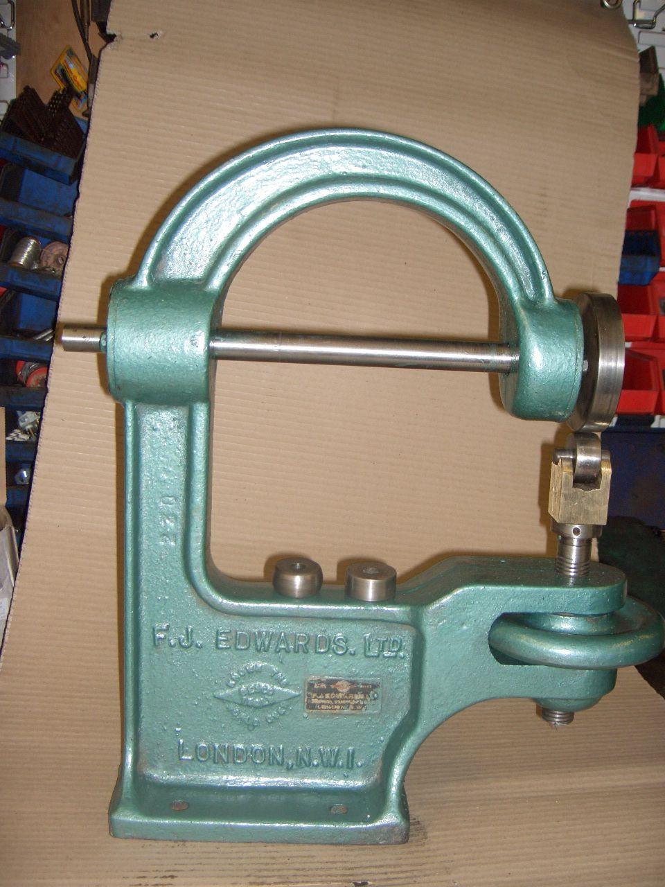Edwards Bench Top Cast English Wheel Wheeling Machine English Wheel Metal Shaping Metal Working
