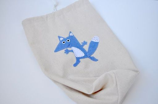 Easy 15 Minute Drawstring Bag Tutorial The Mother Huddle