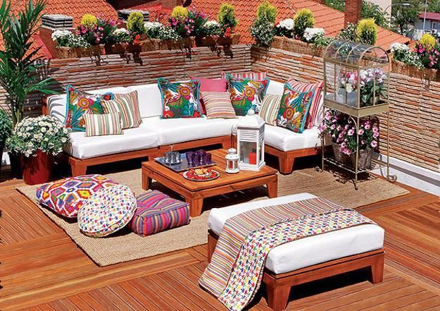 Outdoor Home Decor Ideas Bright Color Schemes Colorful Cushions And Beautiful Flowers Terrace Decor Balcony Decor Rooftop Terrace Design