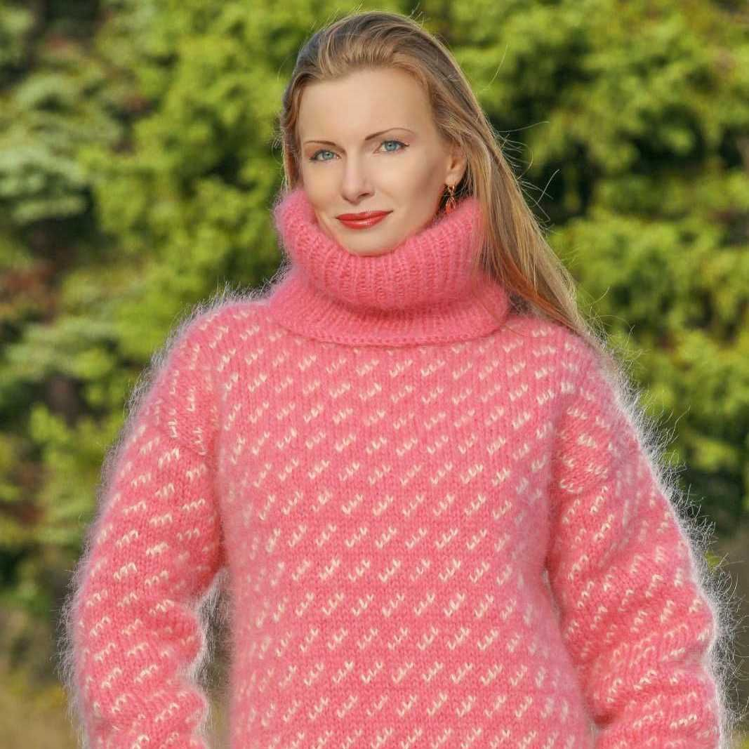 b0b86a44ba Fuzzy 100% Hand knitted mohair sweater in geometric pattern