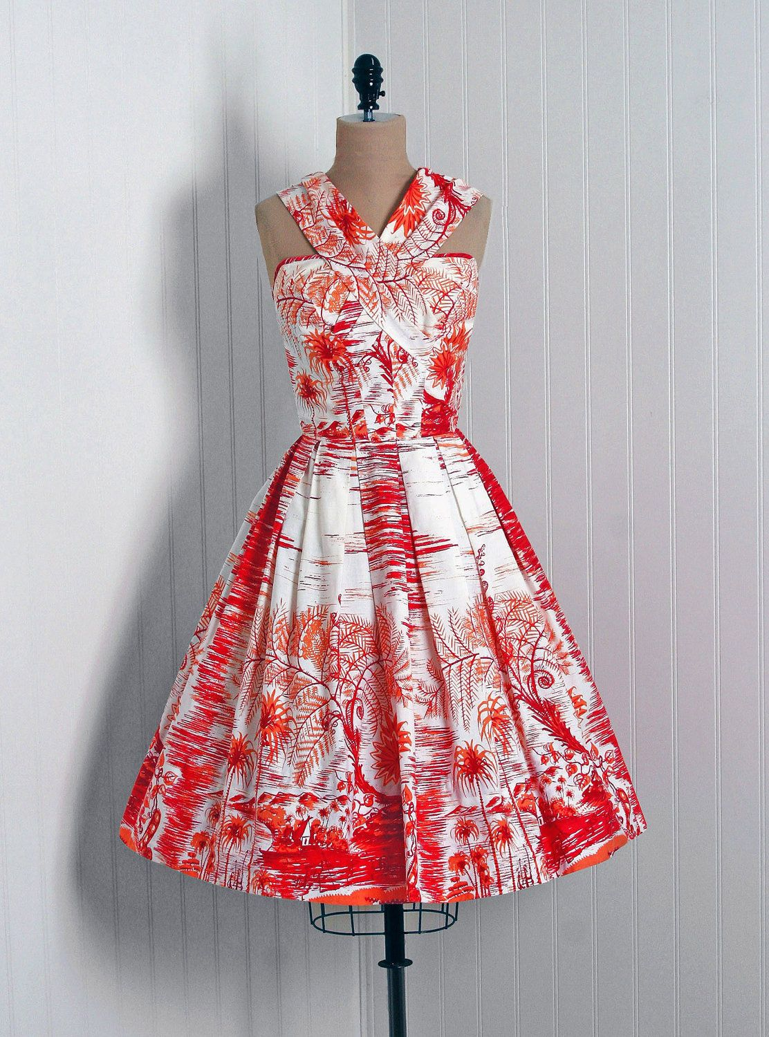 1950\'s border print dress. | MODA- | Pinterest | Vestidos hawaianos ...