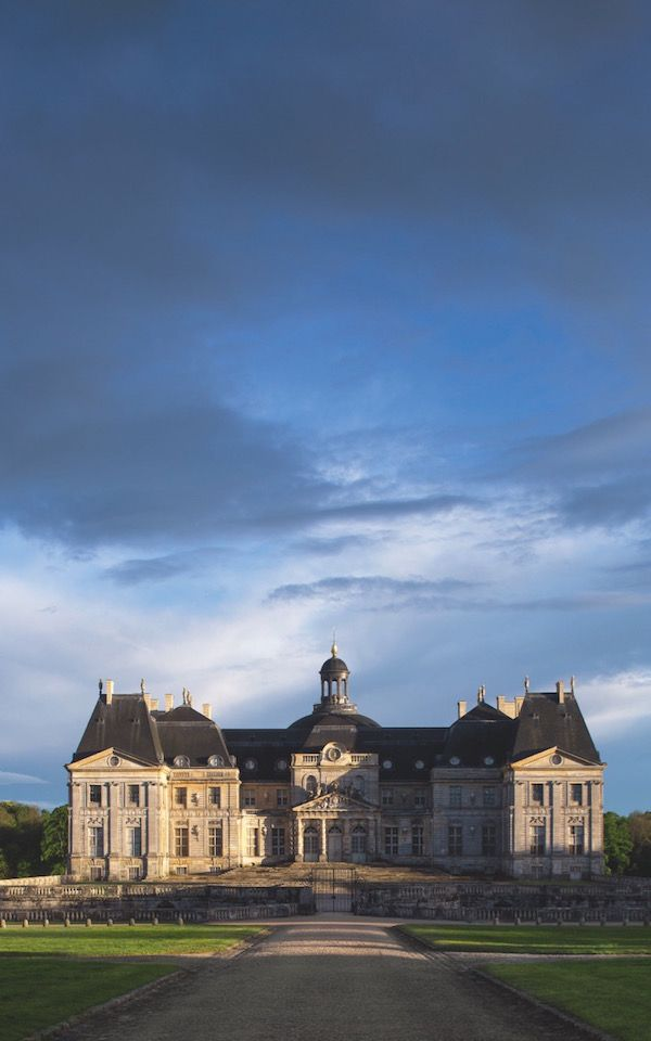 A Day At Chateau De Vaux Le Vicomte Quintessence Chateau Style French Castles Chateau