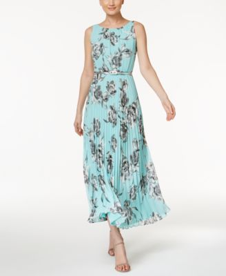 1a2a49c21961 Jessica Howard Petite Floral-Print Maxi Dress | macys.com | Fashion ...
