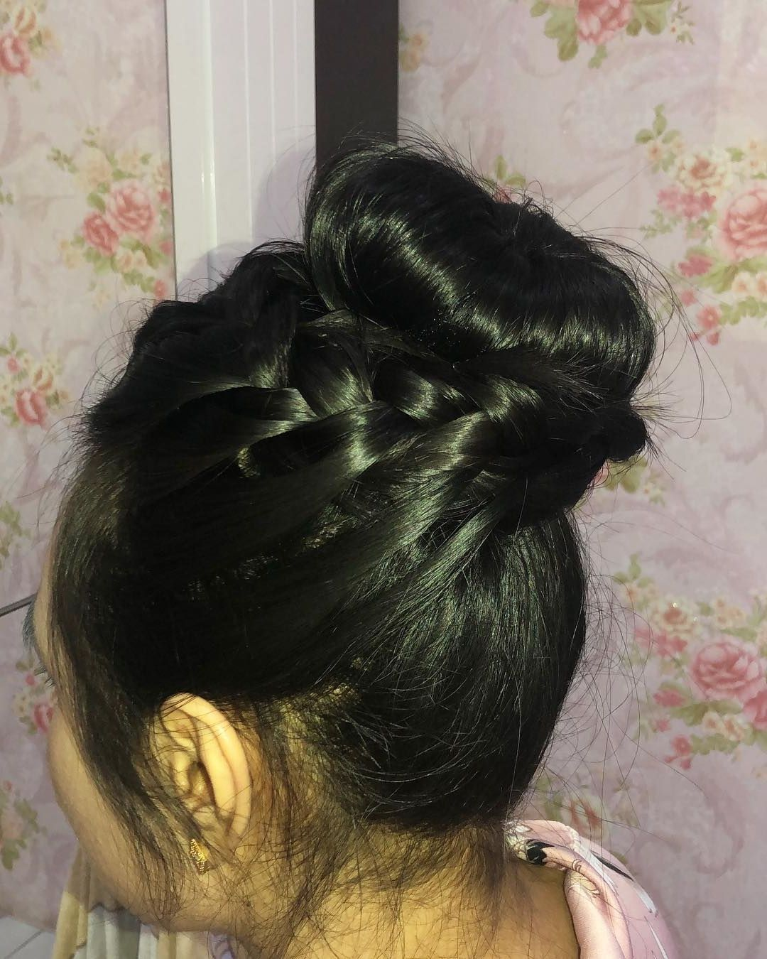 20 Casual Updos For Long Hair Tutorials Updos Pinterest Casual