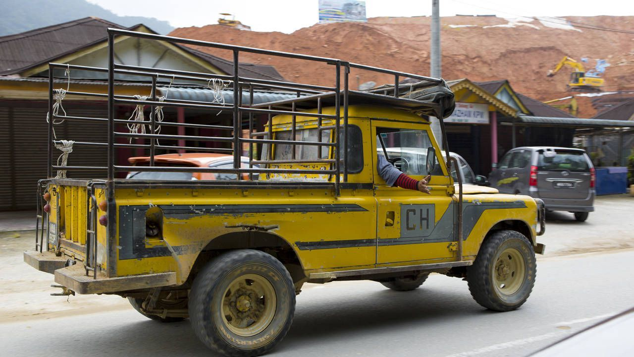 Malaysia is where Land Rovers go to die Land rover