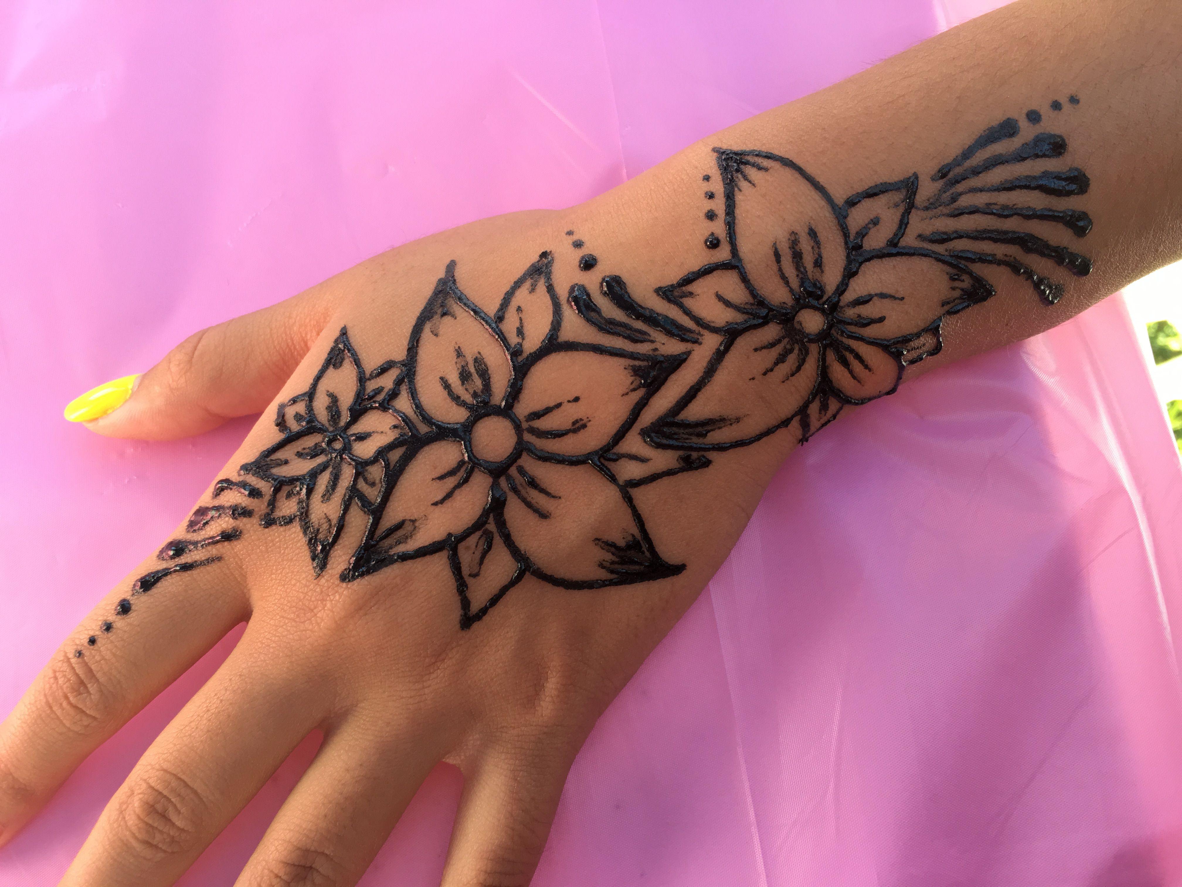 Detailed Flower Henna Tattoo Design Medium To Large Size Henna Tattoo Designs Flower Tattoo Designs Henna Designs Easy