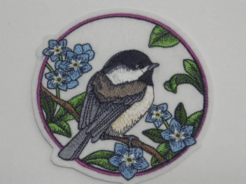 BIRD CHICKADEE IRON ON PATCH