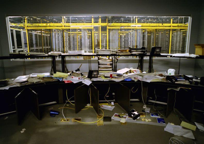 abandoned office Google Search Bankrupt, Photo, Mr.