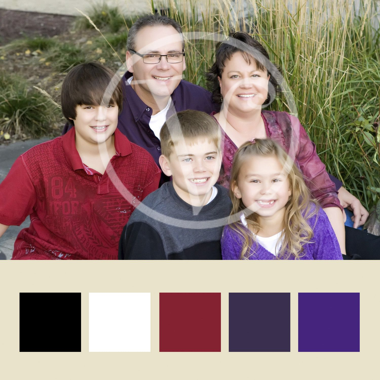 Mom was the color palette for this family with her shirt. | Family ...