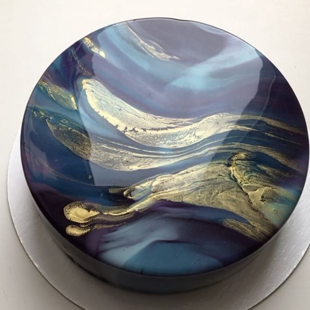 My canvas my paints my world for Mirror glaze cake