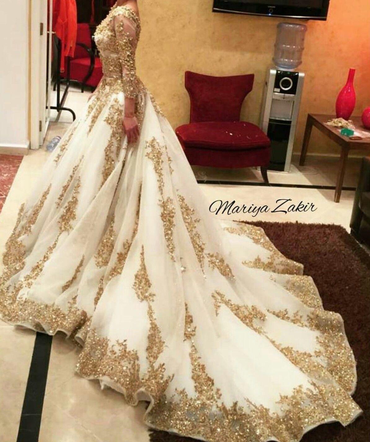 Mariya Zakir regal wedding dress. Amazing... fit for a queen ...